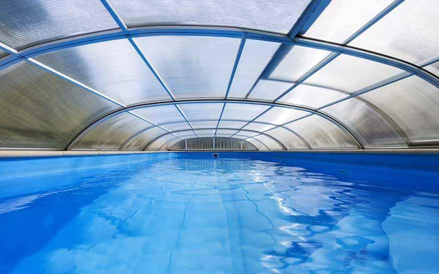 Choisir votre abri de piscine nos recommandations for Quel abri de piscine choisir