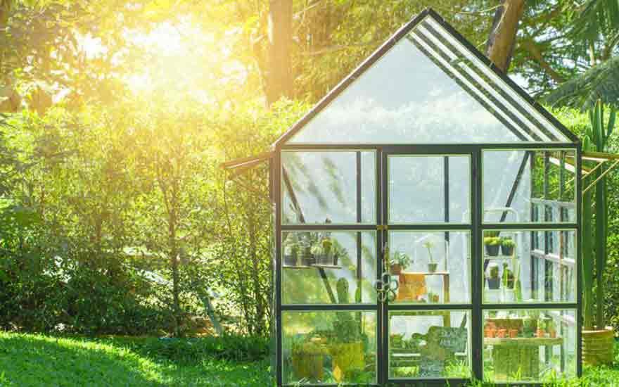 quelle serre choisir pour son jardin decodambiance. Black Bedroom Furniture Sets. Home Design Ideas
