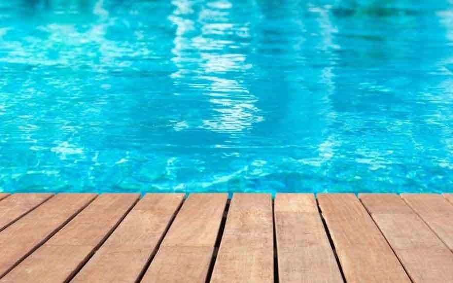 Piscine hors sol ou piscine enterr e laquelle choisir for Belle piscine hors sol