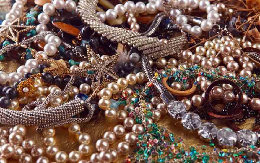 Fabriquer un arbre bijoux comment faire - Fabriquer un presentoire a bijoux ...