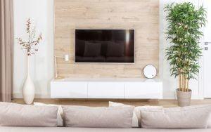cacher une tv dans la décoration