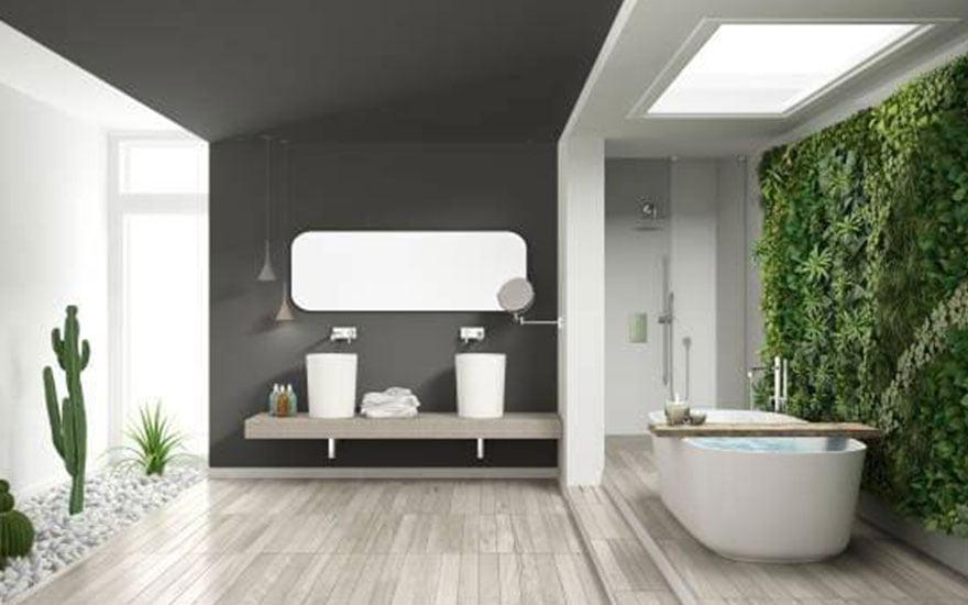 mur végétal artificiel dans une salle de bain