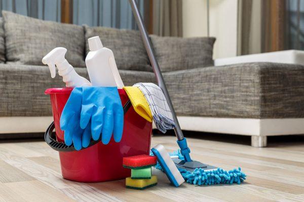 à quelle fréquence laver les sols de sa maison