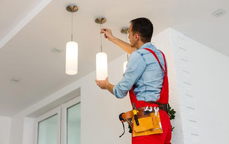 Installation Luminaire Plafond